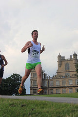 How to make it look easy, running & spotting the race photographer!